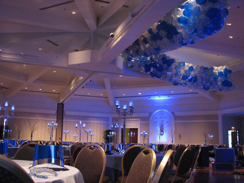 Blue and White balloon drop add drama to this elegant event