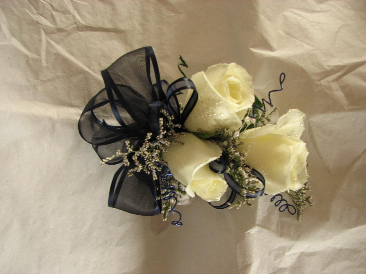 Bouquets & Balloons - Prom flowers Portland, Wedding flowers ...